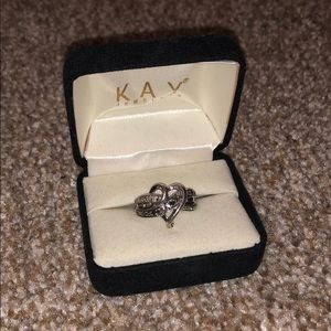 Kay Jewelers 925 sterling silver heart ring
